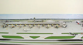 1:400 Singe Runway Gemini #1 Model Airport